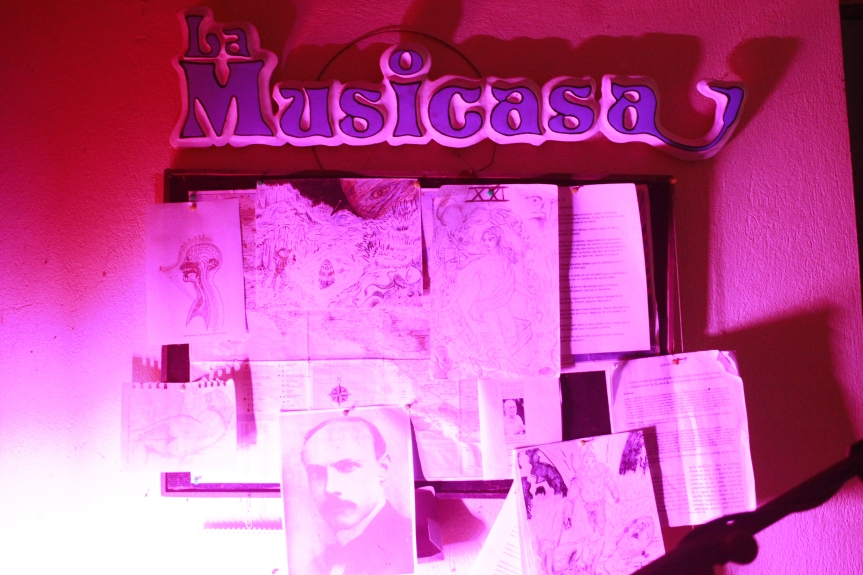 ¿ Buscas un servicio creativo para su trabajo musical ? ¿ Looking for a creative and artístic ad musical production service on south pacific Costa Rica?