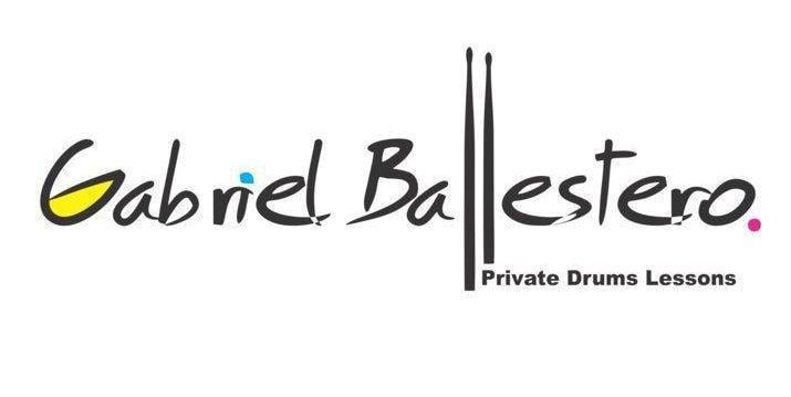 Gabriel Ballesteros musico-percusionista vecino de DanielFlores.